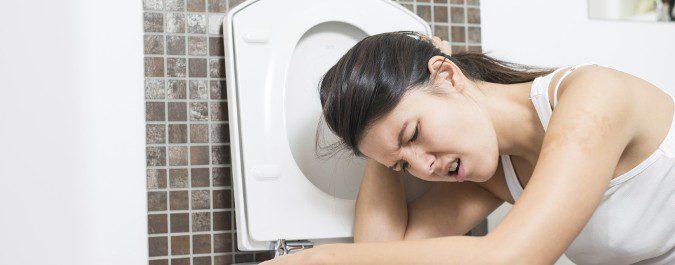 Los vómitos y la diarrea hacen que perdamos mucha agua