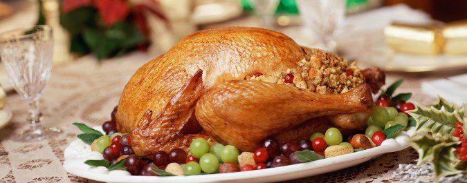 En Navidad tendemos a ingerir mayores cantidades de comida y alcohol