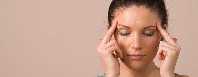 Un ligero masaje puede aliviar ciertos dolores de cabeza