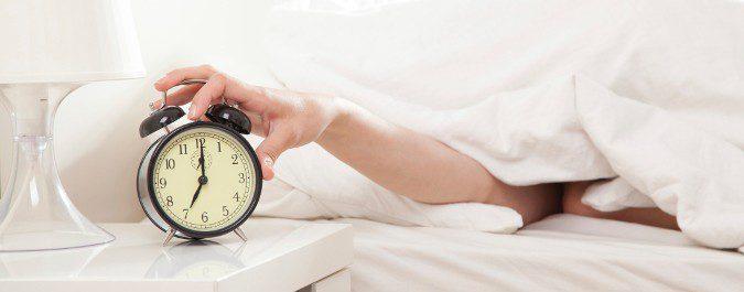 Procura acostarte y levantarte a la misma hora