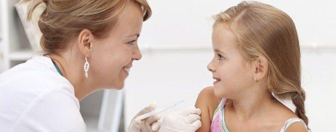 Hay vacunas que sirven para toda la vida, otras deben reforzarse con nuevas dosis