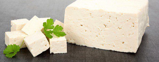El tofu es otra manera de aportar las isoflavonas de la soja a nuestra dieta tras la menopausia