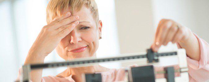 La menopausia no nos hace engordar, pero sí nos costará más perder peso