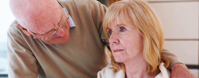 En el Alzheimer pasamos por tres etapas, desde pérdidas leves de memoria hasta un estado físico muy débil