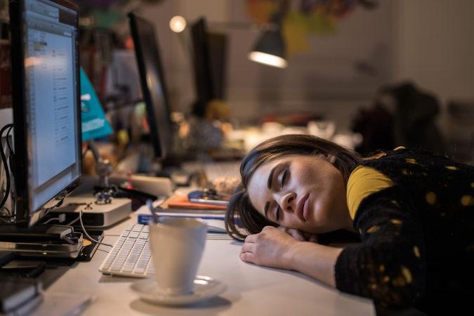 Los que padecen esta enfermedad se sienten cansados en extremo aunque apenas hagan esfuerzo físico o mental