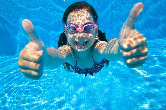 Cu les son los beneficios de la nataci n bekia salud for Planos de piletas de natacion