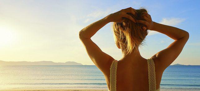 Debes evitar el uso de diferentes fuentes de calor para evitar un daño del cabello