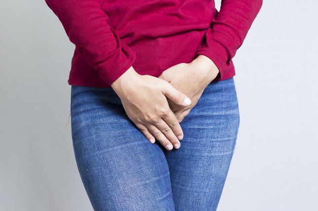 La infección de vegija es uno de los dolores más comunes en la zona íntima de las mujeres