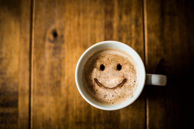 Tomar un café con chocolate te puede ayudar a mejorar tu atención