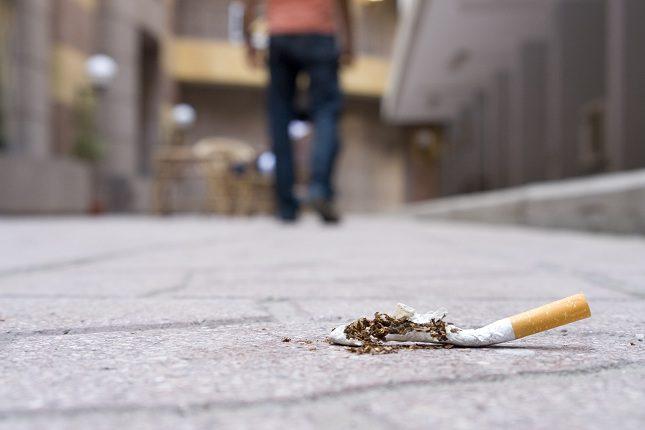 Este humo es nocivo para la persona aunque ella directamente no fume