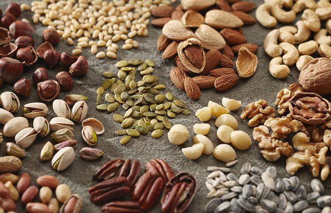 Los frutos secos poseen grasa poliinsaturada que constituye una fuente de energía primordial