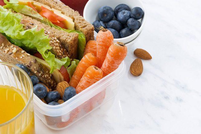 Para conseguir buenos hábitos de comida saludable hay que entrenar al cerebro