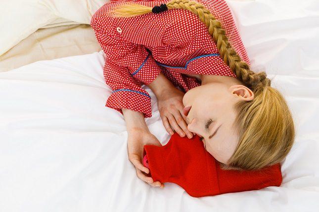 Mete las sábanas y especialmente la funda de la almohada en la nevera media hora antes de irte a dormir