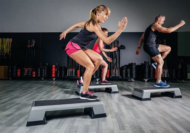 Lo ideal es hacer de 4 a 6 días de cardio a la semana para poder mantener un buen ritmo