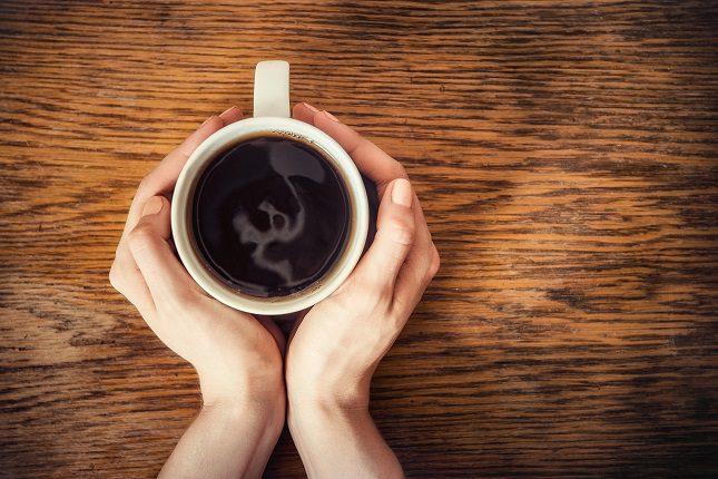 Si eres una mujer, tu amada taza diaria de café también puede ser una mala noticia