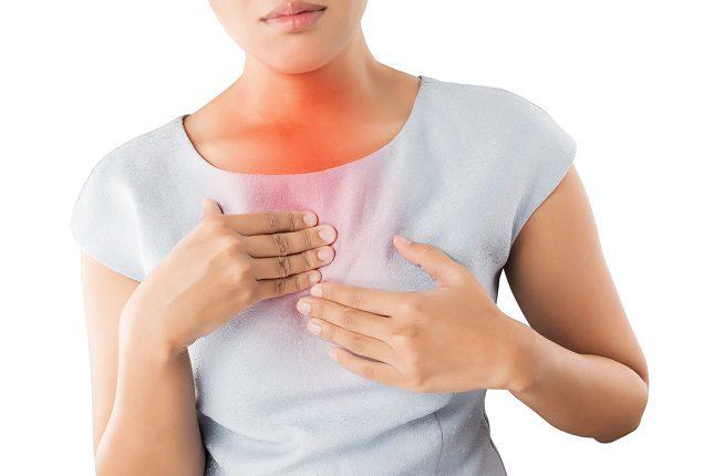 Unos cambios simples en el estilo de vida pueden ayudar a prevenir la acidez estomacal en muchas personas.