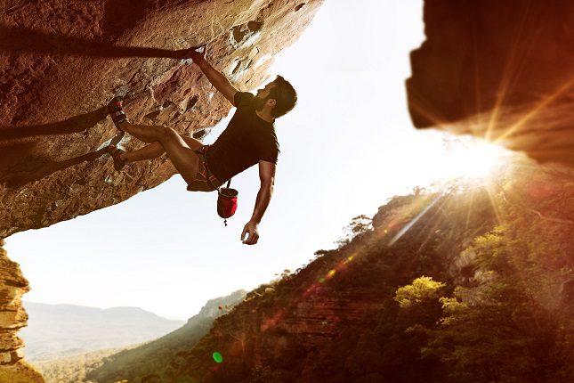 Cada vez hay más gimnasios y centros que simulan que se está en una montaña donde se puede hacer escalada