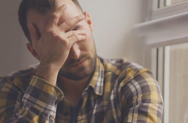 Las personas deprimidas sufren una serie de cambios físicos y emocionales