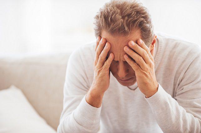 Los hombres podrían ser más propensos a reportar síntomas de depresión como estrés