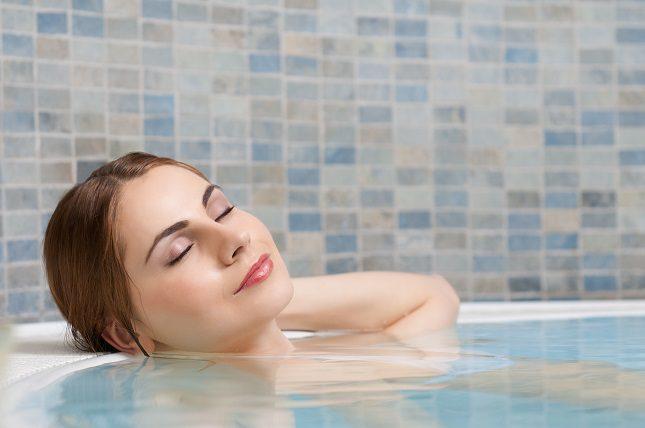 Pasar tiempo en la bañera de hidromasaje puede en realidad bajar el nivel de azúcar