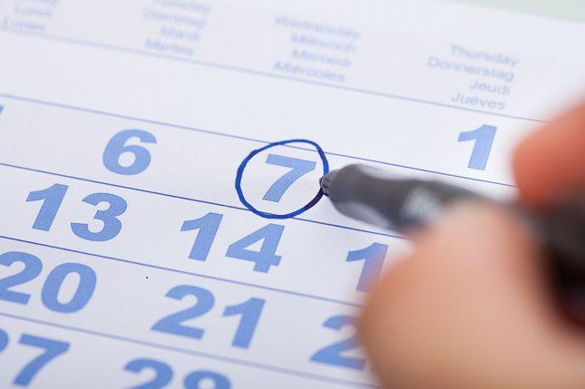 El síndrome de los ovarios poliquísticos es una de las causas más comunes de que las mujeres tengan una ciclo menstrual irregular