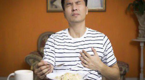 ¿Qué puedo hacer si sufro acidez de estómago?