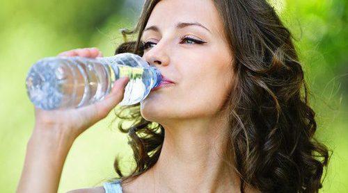 Qué le pasa a tu cuerpo cuando no bebes suficiente agua