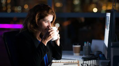 Cómo trabajar de noche sin afectar a tu salud