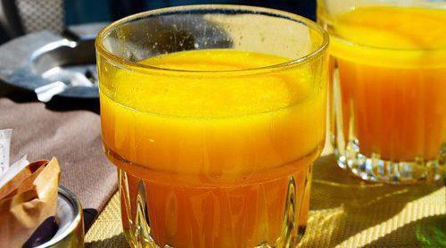 El zumo de naranja, ¿es malo para ti?