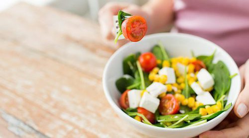 Consejos para cuando tú estás a dieta pero tu familia no
