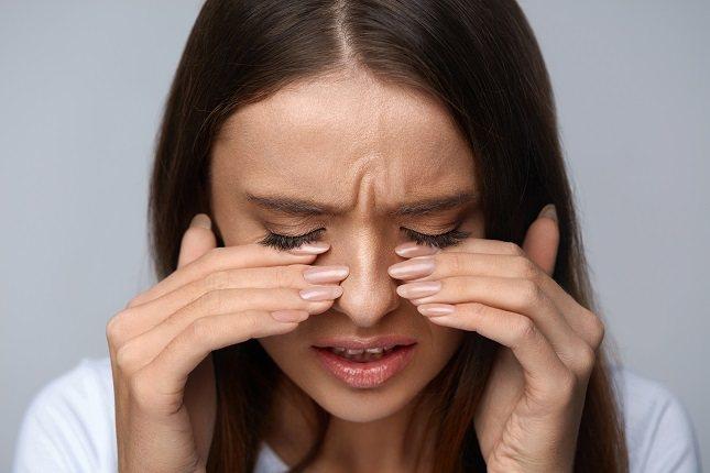El pterigion es indoloro y los síntomas van a depender en gran medida de la lesión en sí