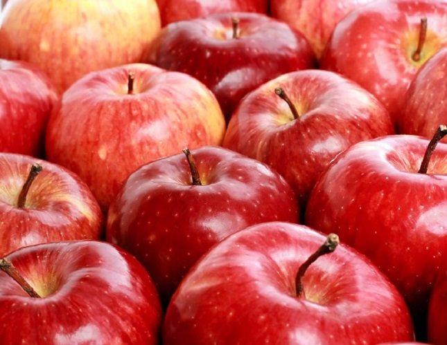 Comer fruta bien sea con o sin piel es de lo más recomendable