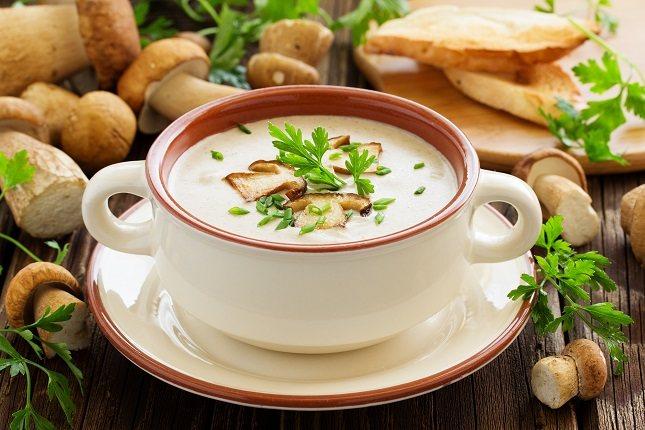 Son muchos los vegetales, semillas y cereales que contienen grandes cantidades de proteínas