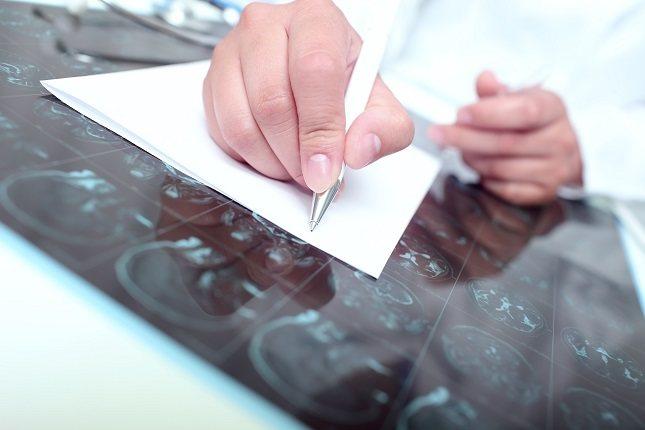 Los científicos que han descubierto la proteína TAU creen que puede ser una llave entre el Alzheimer y el cáncer