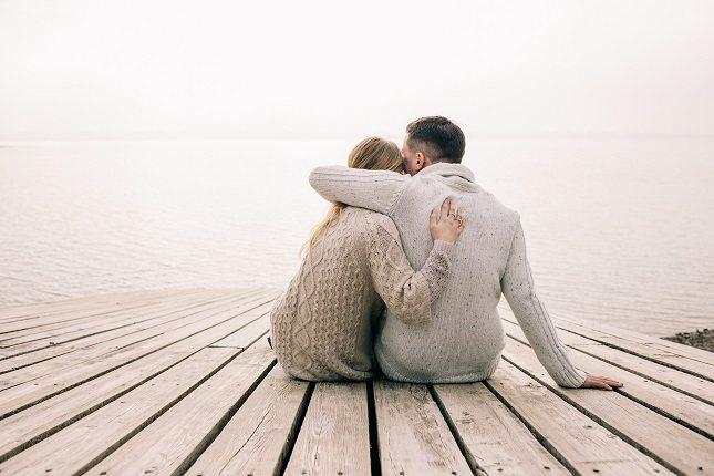 Los abrazos tienen que ver con la curación y la relajación
