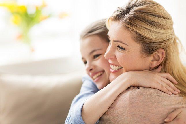 El tacto es una experiencia profundamente nutritiva para ambas personas