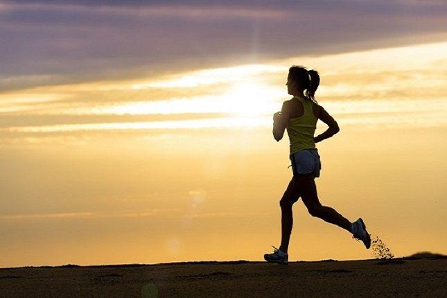El salir a correr después de tanto tiempo encerrado en casa puede resultar algo complicado