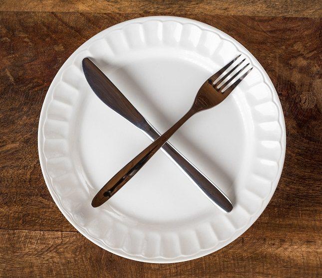 Cualquier dieta de ayuno busca la restricción calórica como forma de perder peso