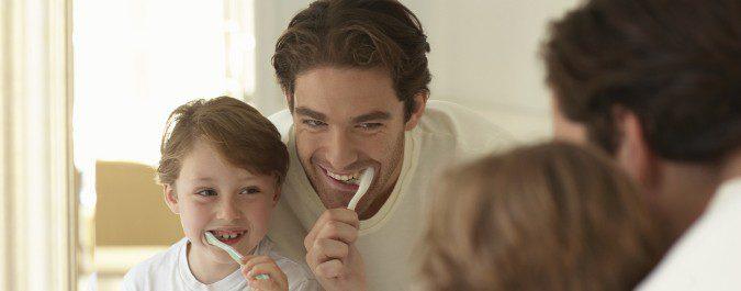 Una correcta higiene dental ayuda a prevenir las caries