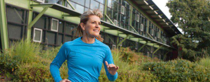El ejercicio nos ayudará a aliviar muchos de los síntomas de la menopausia
