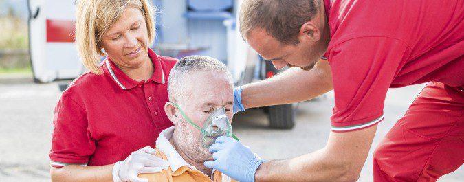 Mientras llega la ambulancia intentaremos averiguar si la persona afectada ya ha sufrido antes un infarto