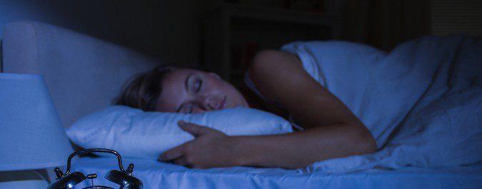 Con estos remedios podrás evitar desvelarte y dormir toda la noche