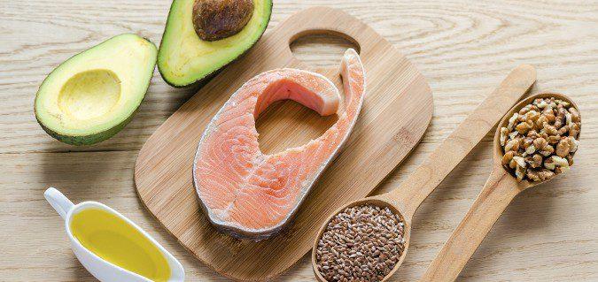 Se recomienda el consumo de proteínas y ácidos omega 3