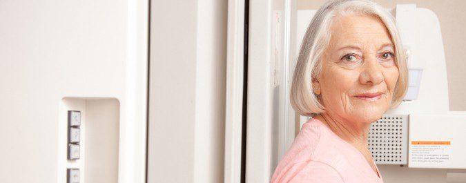 Una densiometría puede determinar si estamos perdiendo masa ósea y, por tanto, tener osteoporosis