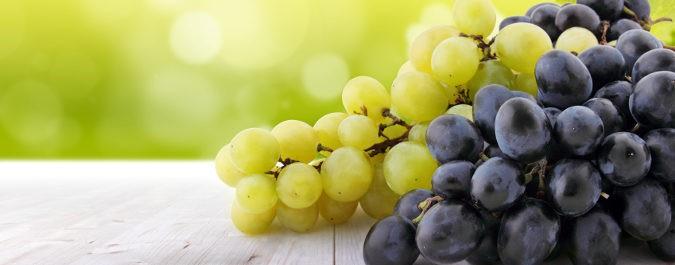 Las uvas, sobre todo las negras, son diuréticas y también regulan el colesterol