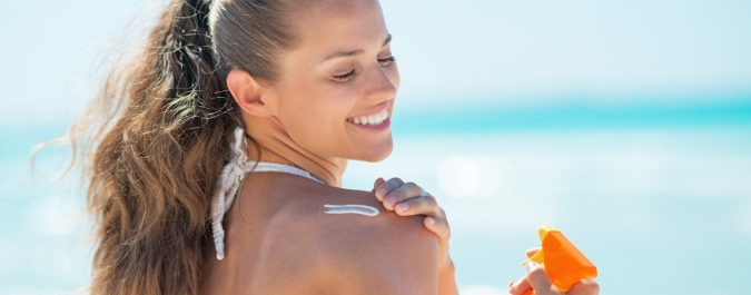 El FPS de la crema dependerá de nuestro tono de piel, pero hay que procurar que sea alto
