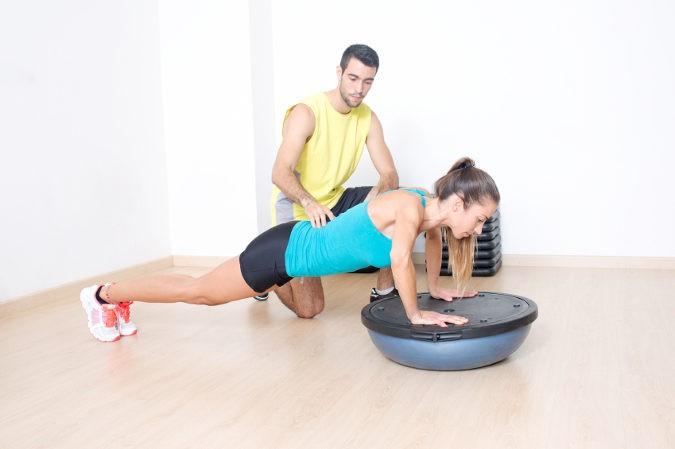 Parte del tratamiento pasará por hacer ejercicios suaves que fortalezcan la musculatura dorsolumbar
