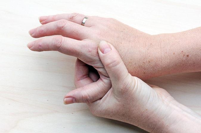 La cortisona se utiliza para tratar enfermedades como la artritis