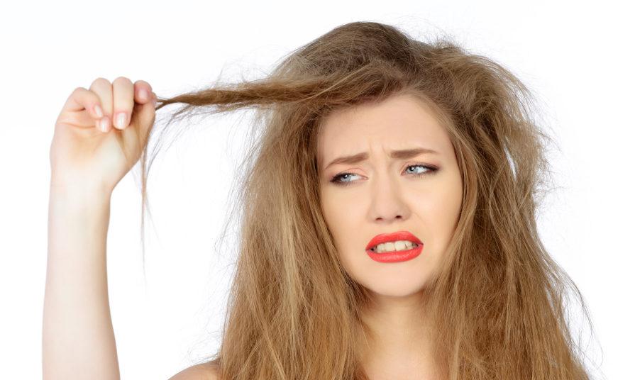 El estrés afecta al pelo debilitándolo y causando su caída