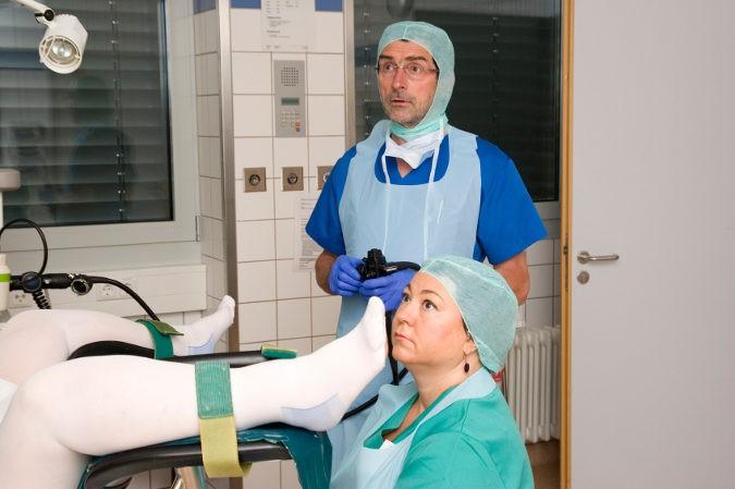 La colonoscopia suele durar entrre 30 y 45 minutos